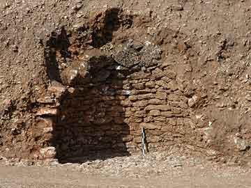 Μυκηναϊκός τάφος αποκαλύφθηκε στη Λευκάδα