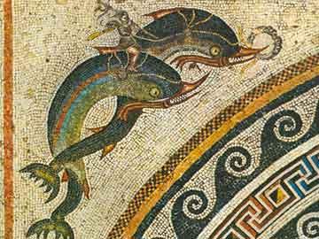 Έρωτας που ιππεύει δελφίνια (λεπτομέρεια ψηφιδωτού δαπέδου από την οικία των Δελφινιών, Δήλος, 2ος αι. π.Χ.)