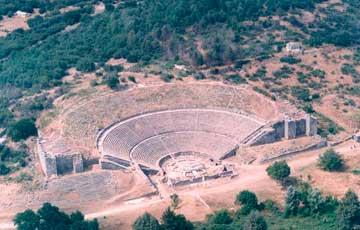 Έντονες διαμαρτυρίες για καθυστερήσεις των εργασιών στο αρχαίο θέατρο Δωδώνης