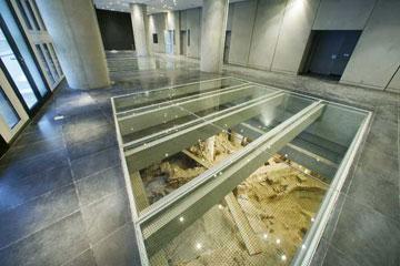 Από το εσωτερικό του Μουσείου Ακροπόλεως.