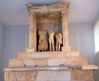 Εγκαίνια του Αρχαιολογικού Μουσείου του Πειραιά