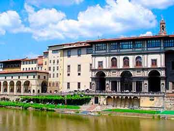Τα ιταλικά μουσεία αναζητούν τον… τσάρο τους