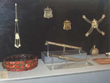 Κοσμήματα του Μουσείου Μπενάκη ταξίδεψαν στη Λίμα