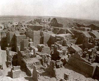 Η Πύλη της Ιστάρ στη Βαβυλώνα μετά την ολοκλήρωση των ανασκαφών του Κόλντεβαϋ.