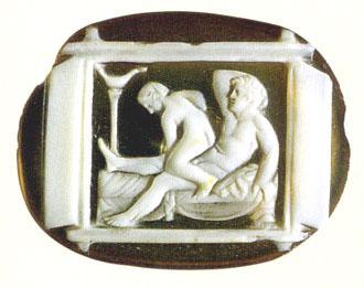 Δακτυλιόλιθος με απεικόνιση ερωτικού πίνακα με πλαϊνά φύλλα ή κάλυμμα, 1ος αι. π.Χ. – 1ος αι. μ.Χ., Μουσείο Νεάπολης.