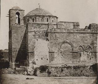 4. Δαφνί. Η δυτική όψη του καθολικού πριν τις επισκευές του 1888-89 (BSA, BRF archive collection. Daphni).