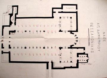 6. Άγ. Δημήτριος, κάτοψη. Οι κιονοστοιχίες που κατέρρευσαν, σχεδιασμένες με κόκκινο μελάνι (1918), ΔΕΑΜ, Αρχ. Αρχαιολ. Υπηρεσίας
