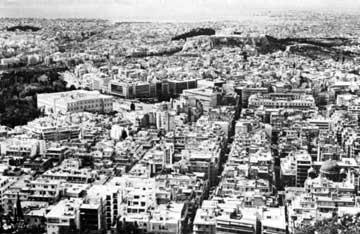 Γενική άποψη της Αθήνας από τον Λυκαβηττό (φωτ. Ν. Κοντός).