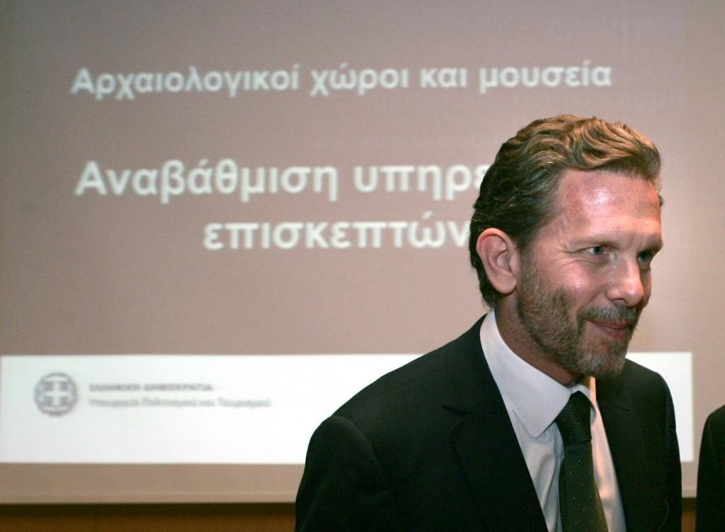 Ο Υπουργός Πολιτισμού και Τουρισμού Παύλος Γερουλάνος.