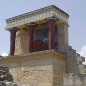 Η Θήρα «γονάτισε» την Κρήτη