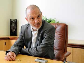 Ο Ιωάννης Τροχόπουλος, διευθυντής της Δημόσιας Κεντρικής Βιβλιοθήκης Βέροιας.