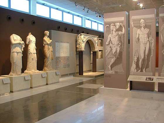 Άποψη αίθουσας του Αρχαιολογικού Μουσείου Θεσσαλονίκης.