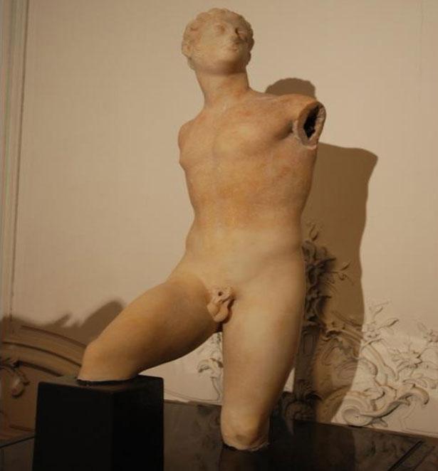 Εικ. 11. Το άγαλμα μετά τις εργασίες συντήρησης.