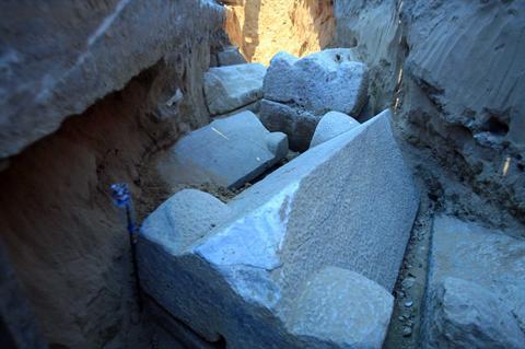 Φωτογραφία από την ανασκαφή στη Νάκουρα του Λιβάνου.