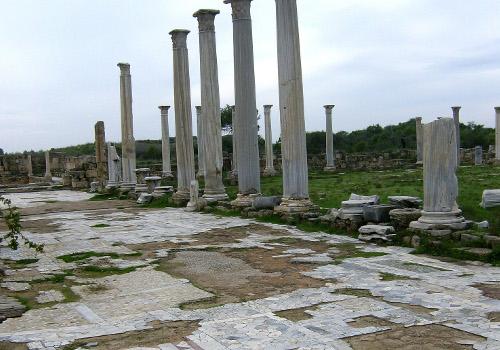 Εικόνα από τη Σαλαμίνα της Κύπρου.