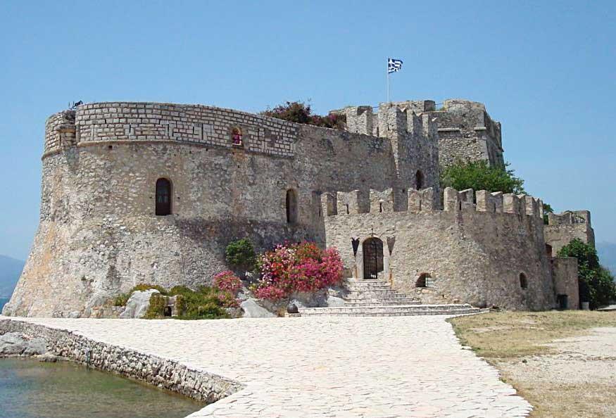 Το Μπούρτζι, μνημείο-σύμβολο της πόλης του Ναυπλίου.