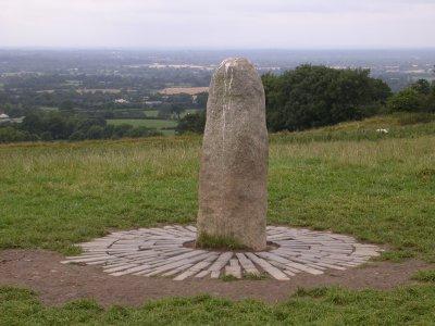 Μεγάλιθος στον Λόφο της Τάρα (Ιρλανδία).