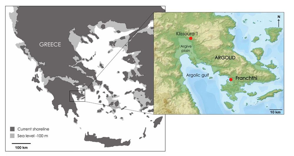 Ο χάρτης της περιοχής με ένδειξη της ακτογραμμής όπως ήταν κατά την Ανώτερη Παλαιολιθική. (Copyright K. Douka & C. Perles)