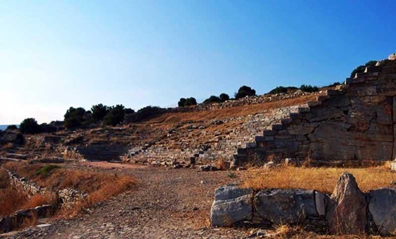 Το αρχαίο θέατρο Θορικού, στο Λαύριο.