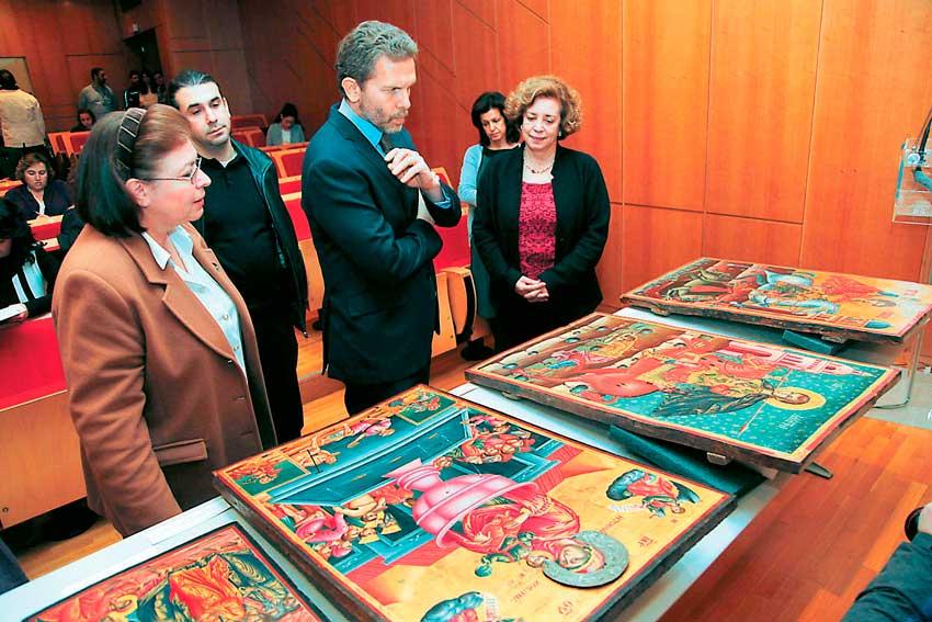 Από την παρουσίαση των Βυζαντινών και Μεταβυζαντινών Αρχαιοτήτων που επαναπατρίστηκαν από την Ολλανδία.