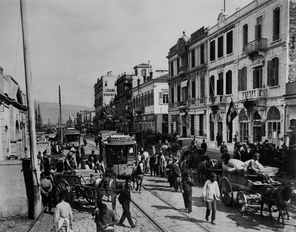 Η προκυμαία της Σμύρνης στις αρχές του 20ού αιώνα. © Library of Congress.