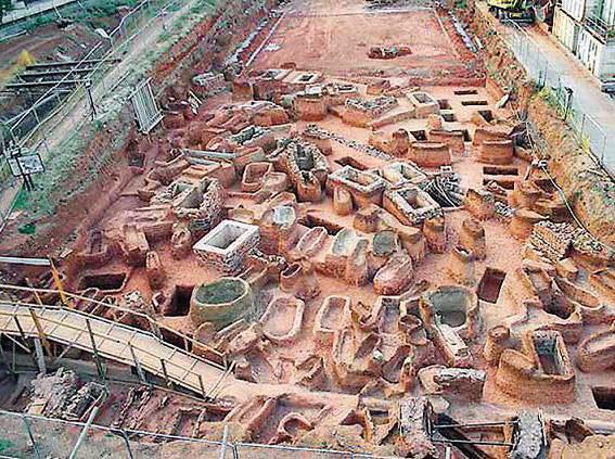 Ευρήματα από τις ανασκαφές για την κατασκευή του Μετρό της Θεσσαλονίκης.