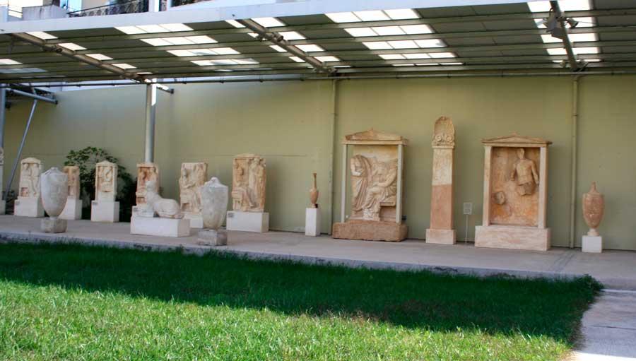 Ευρήματα στο Αρχαιολογικό Μουσείο του Πειραιά.