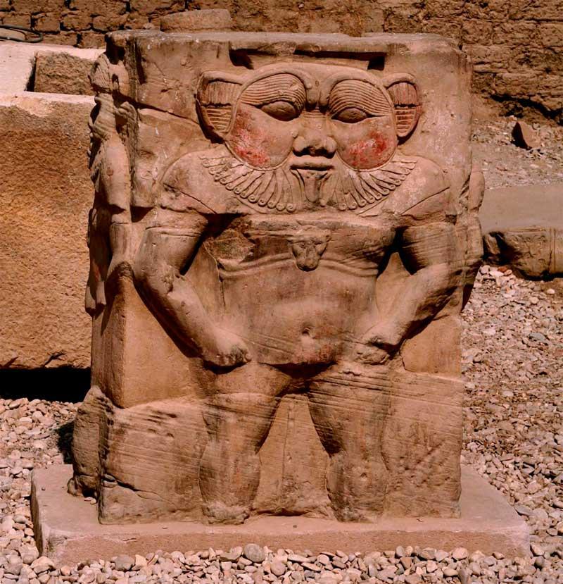 Ο αιγυπτιακός θεός Μπες απεικονίζεται σε έναν από τους δύο σφραγιδόλιθους που βρέθηκαν στο ανατολικό νεκροταφείο της Θεσσαλονίκης.