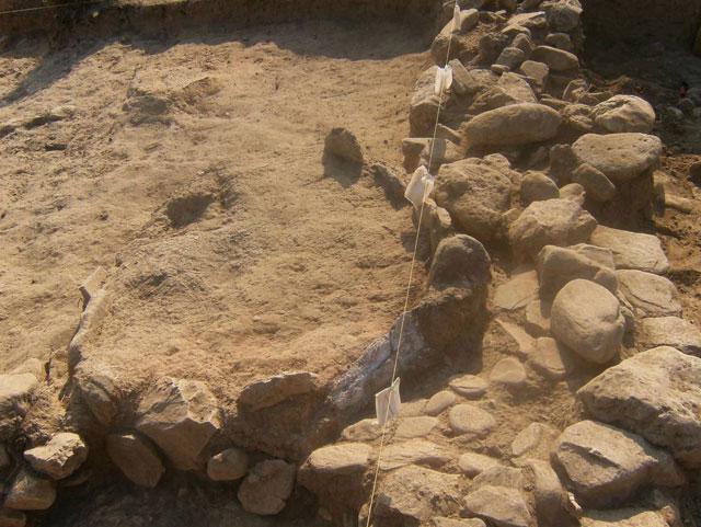 Άποψη της ανασκαφής στο λόφο του Αγίου Αντωνίου στον Ποτό της Θάσου.