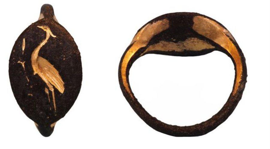 Ρωμαϊκό δακτυλίδι από την Καλαυρεία του Πόρου.