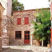 Αποκατάσταση δύο ιστορικών κτισμάτων στη Χίο
