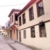 Θεσσαλονίκη:Υπό κατάρρευση κτίρια στην Άνω Πόλη