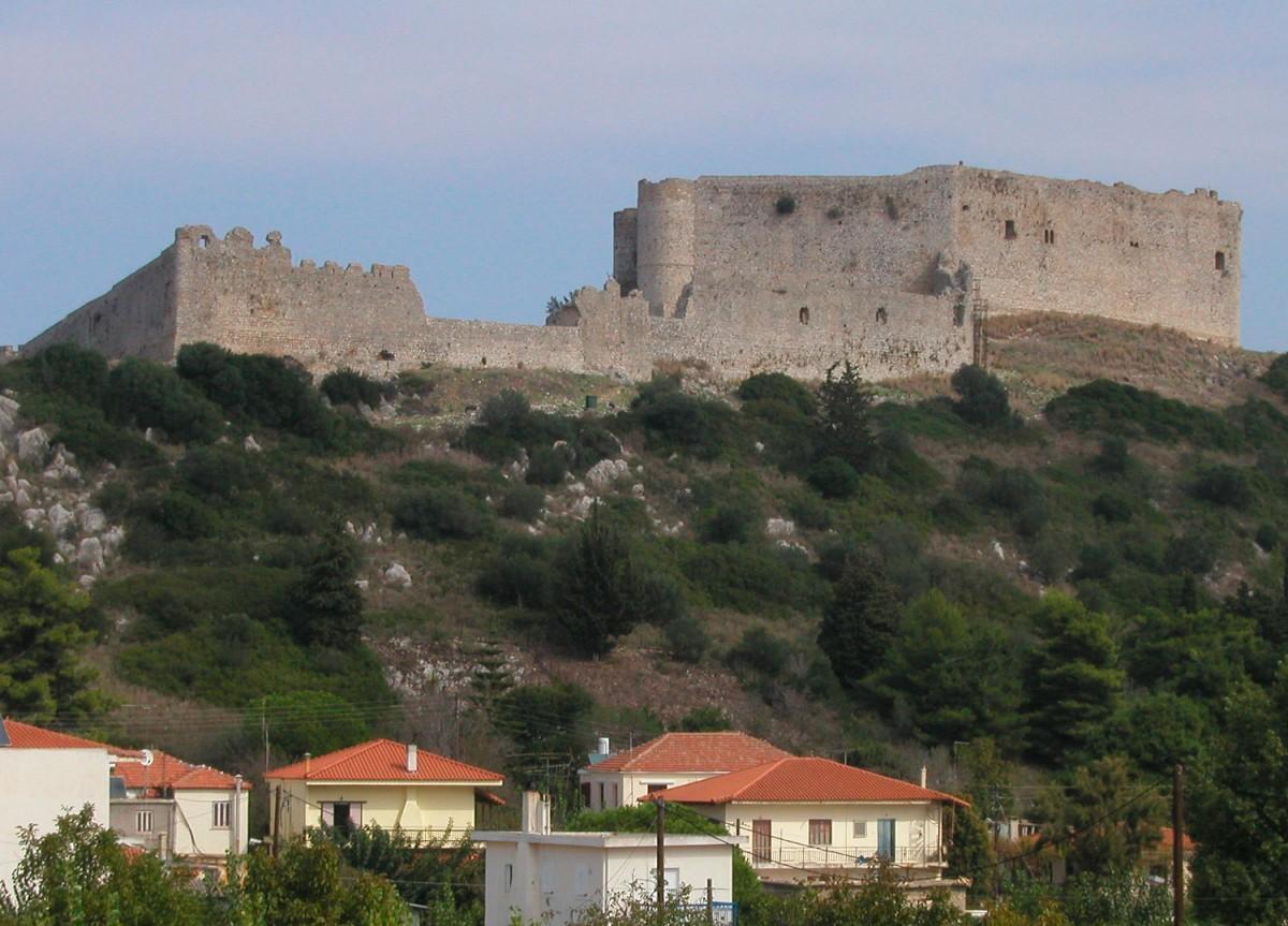 Άποψη του κάστρου του Χλεμουτσίου.