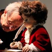Ρομπότ του 18ου αιώνα συνεχίζει να γράφει μέχρι σήμερα