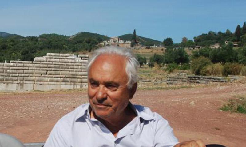 Ο αρχαιολόγος Πέτρος Θέμελης.