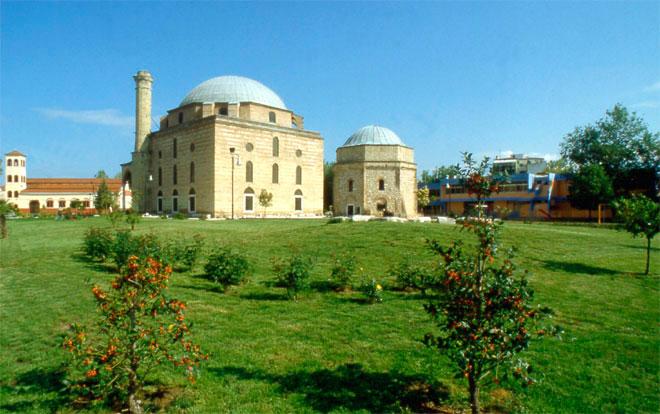 Το Κουρσούμ Τζαμί των Τρικάλων και το μαυσωλείο (τουρμπές) του Οσμάν Σαχ.