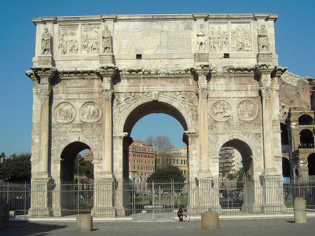 Εικ. 4. Η Αψίδα του Κωνσταντίνου που ανήγειρε προς τιμήν του η Σύγκλητος στη Ρώμη.