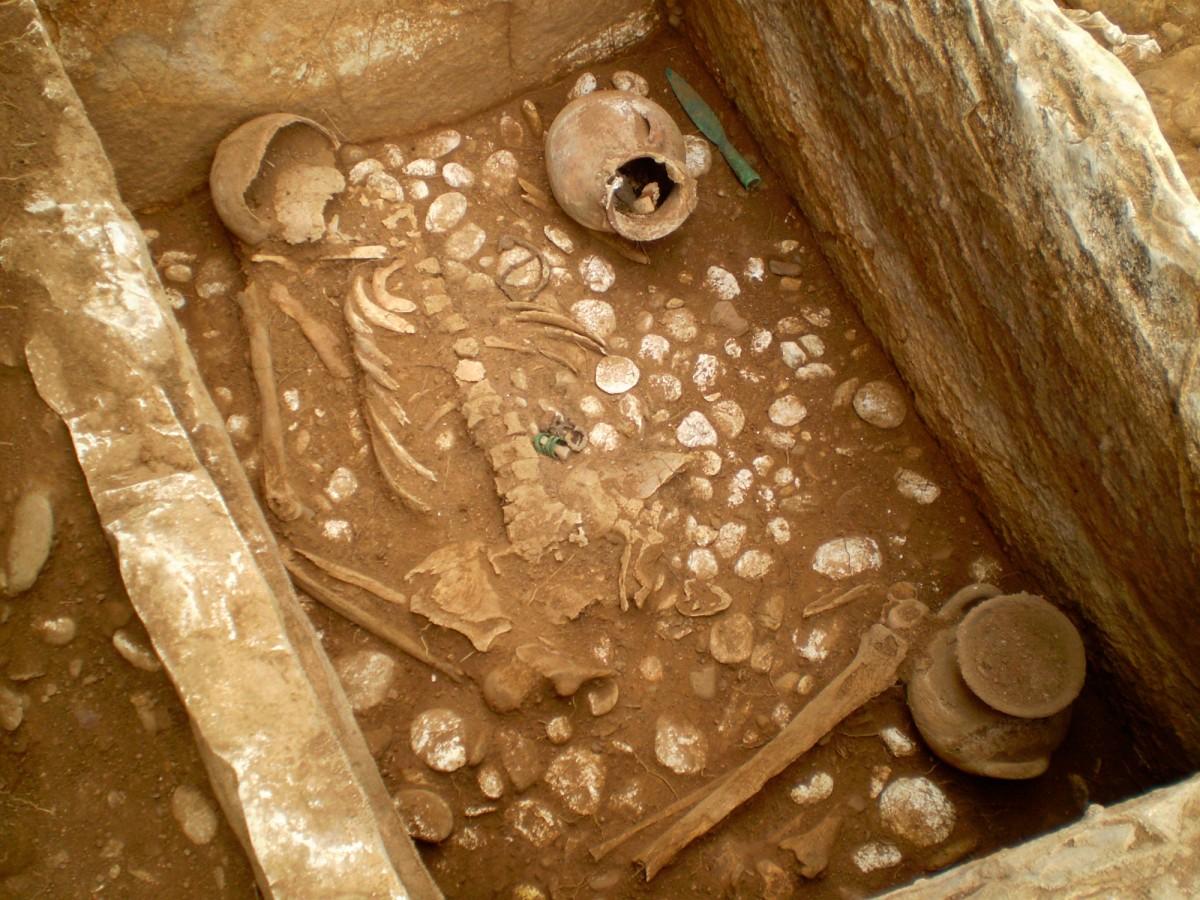 Εικ. 8. Κιβωτιόσχημος τάφος.