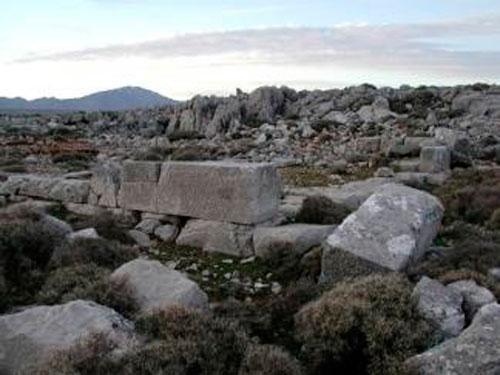 Αρχαιολογικά ευρήματα στο Ρημόκαστρο της Χίου.