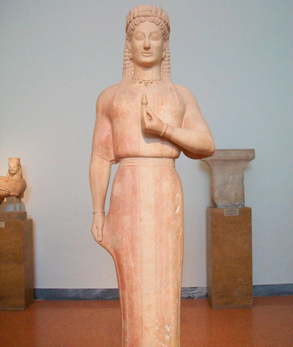Κόρη Φρασίκλεια, 540 π.Χ. Βρέθηκε στη θέση «Μερέντα». Εθνικό Αρχαιολογικό Μουσείο.