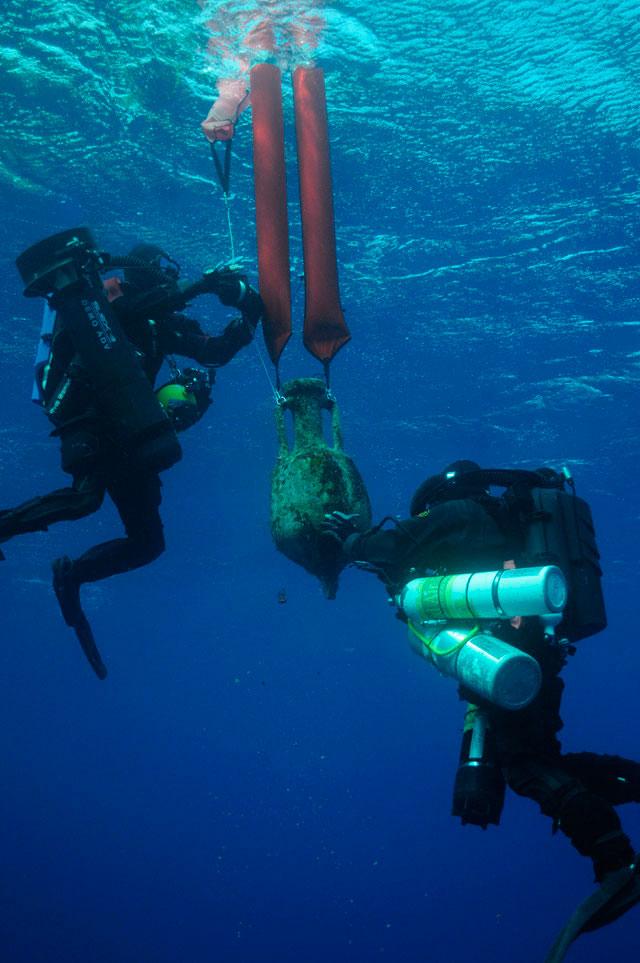 Υποβρύχια αρχαιολογική έρευνα της Εφορείας Εναλίων Αρχαιοτήτων με τη συνδρομή του Αμερικανικού Woods Hole Oceanographic Institution στην περιοχή των Αντικυθήρων.