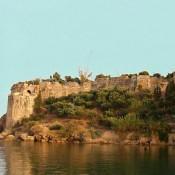 Ζητείται μόνιμη λύση για το κάστρο της Κορώνης