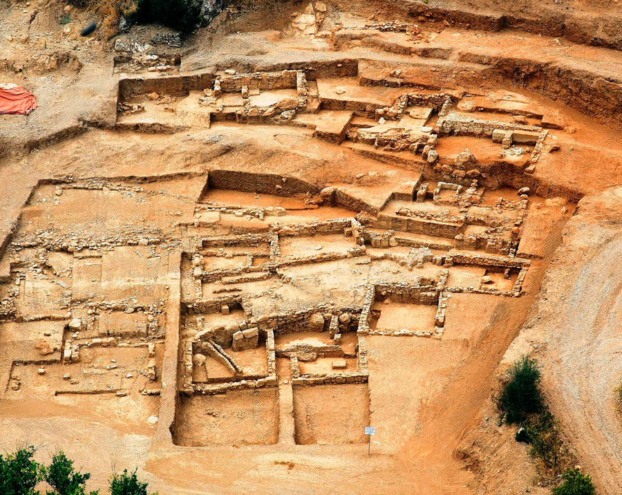 Εικ. 1. Αεροφωτογραφία του ιερού στα Μάρμαρα Αίγειρας.