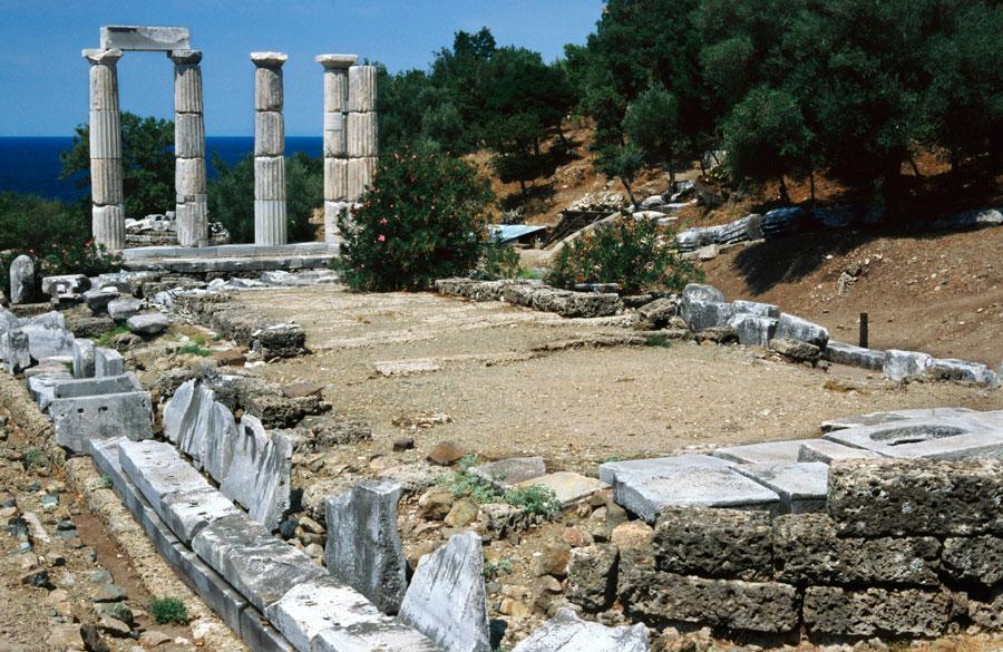 Το Ιερό των Μεγάλων Θεών στη Σαμοθράκη.