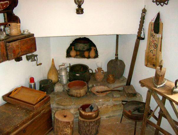 Εικ. 28. Λαογραφικό Μουσείο Αμνάτου (φωτ. Γ. Κανακάκης).