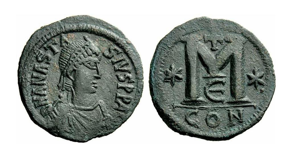 Εικ. 3. Φόλλις του Αναστασίου Α΄, 491-518, Ιδιωτική Συλλογή. Η θεμελιώδης νομισματική του μεταρρύθμιση, το 498, ορίζει και τη συμβατική απαρχή της βυζαντινής νομισματικής.