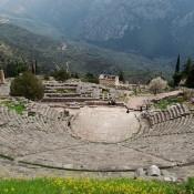 Ο χωροχρόνος του αρχαίου δράματος και ο χωροχρόνος της σκηνικής μουσικής