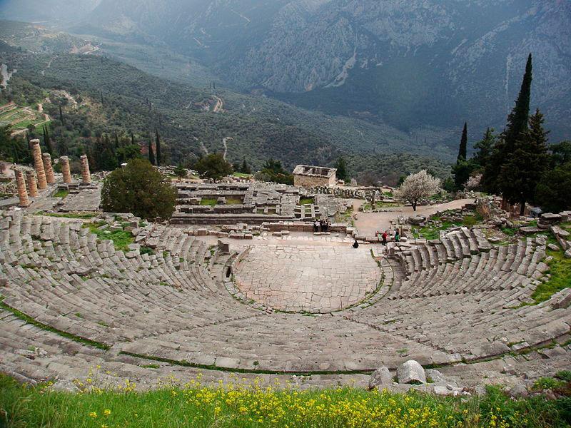 Εικ. 1. Αρχαίο Θέατρο Δελφών.