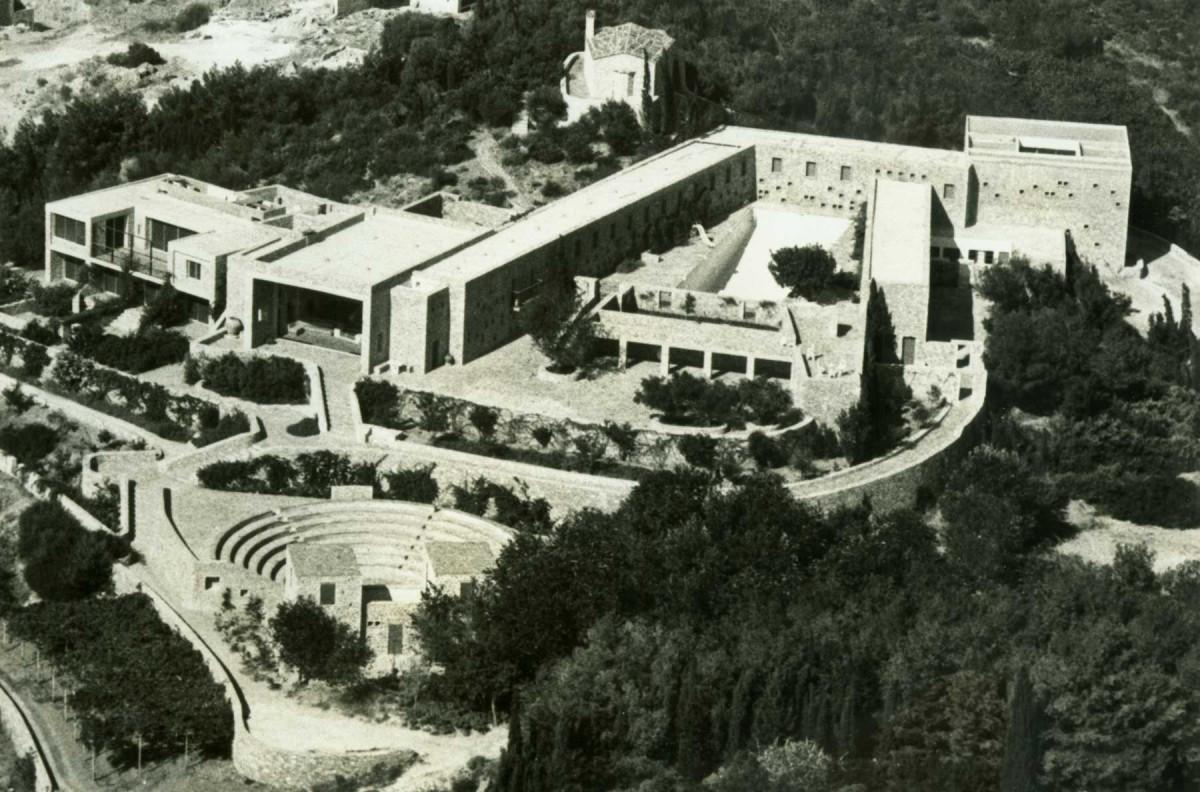 Απολλώνιος Οικισμός - Συγκρότημα Δοξιάδη. Αρχείο Κωνσταντίνου Α. Δοξιάδη, © Ίδρυμα Κωνσταντίνου και Έμμας Δοξιάδη.