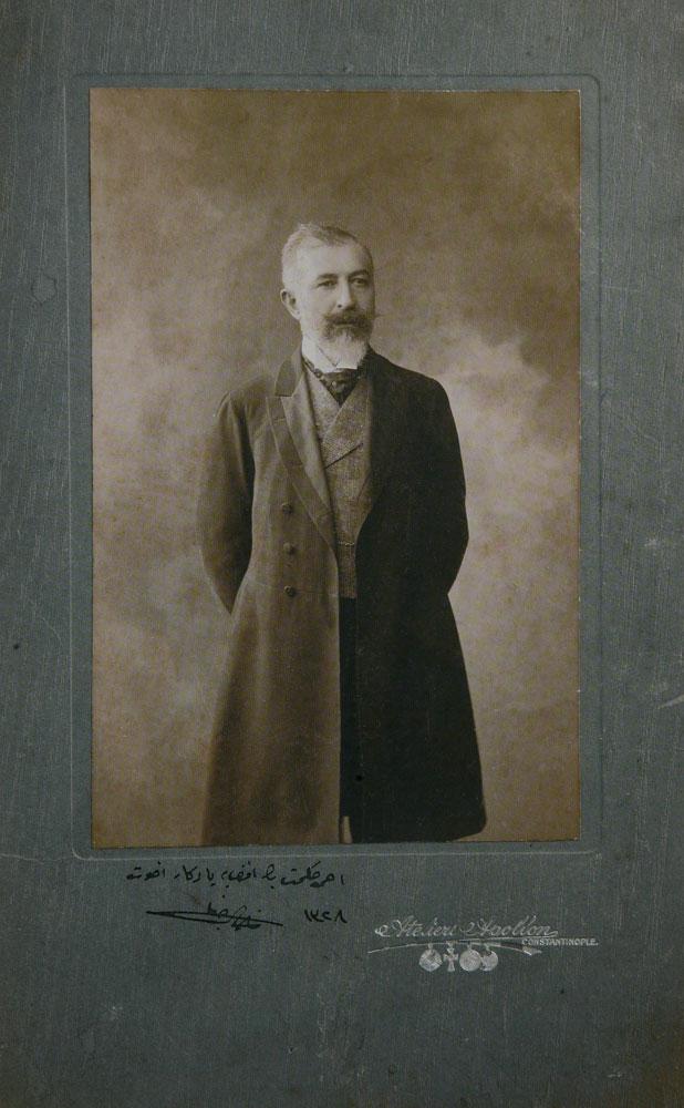 Εικ. 2. Atelier Apollon: Ο συγγραφέας Halit Ziya Usakligil το 1912.